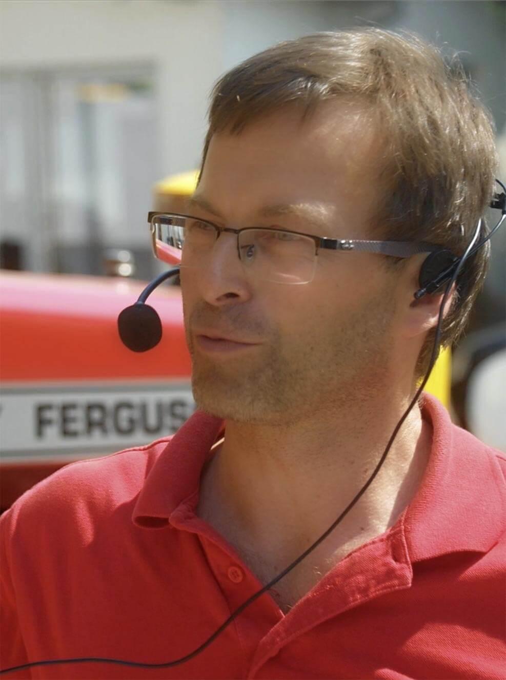 Herbert Pichler begleitet Wirtshausausflüge zu Bauern in Geboltskirchen