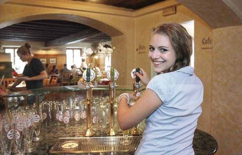 Kulinarik im Wirtshaus Gaststube familienhotel mit Rahmenprogramm