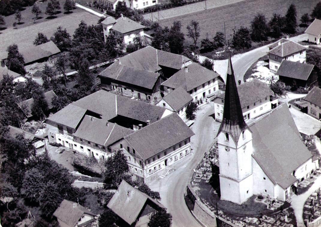Wirtshaus-Gasthof-Familienurlaub-Reiturlaub-Pichler