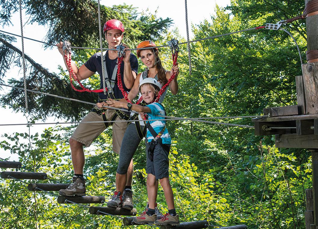 kletterpark waldhochseilpark haag familienurlaub bei Pichler